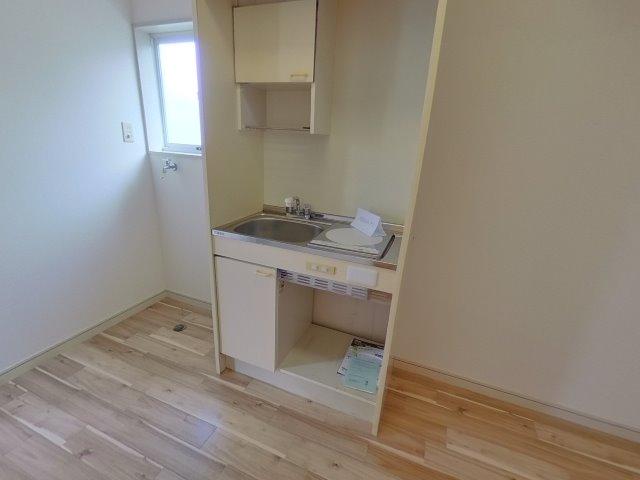 キッチンの左右に洗濯機・冷蔵庫を置けます!