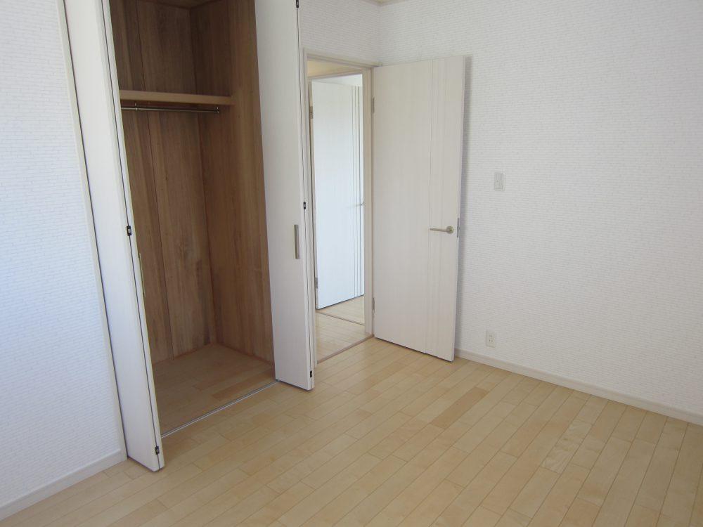 2階洋室 約6帖②