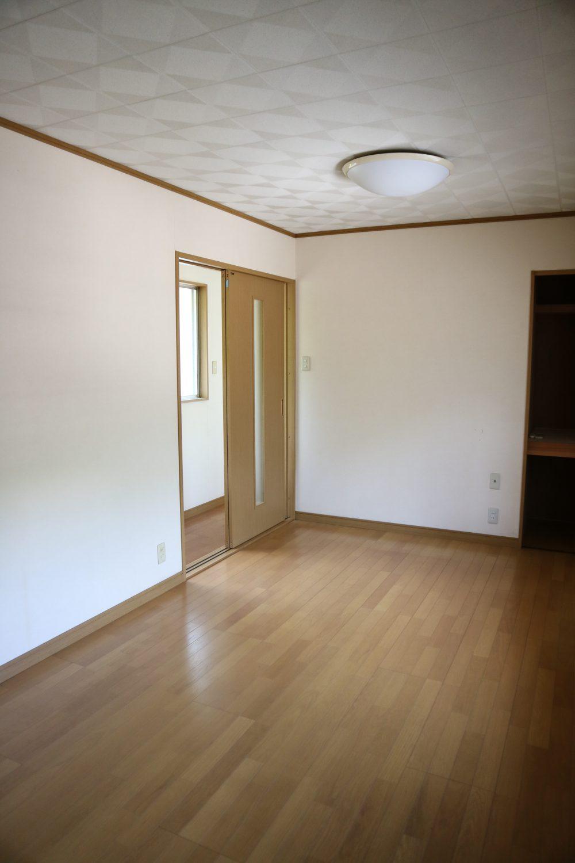 2階 洋室①