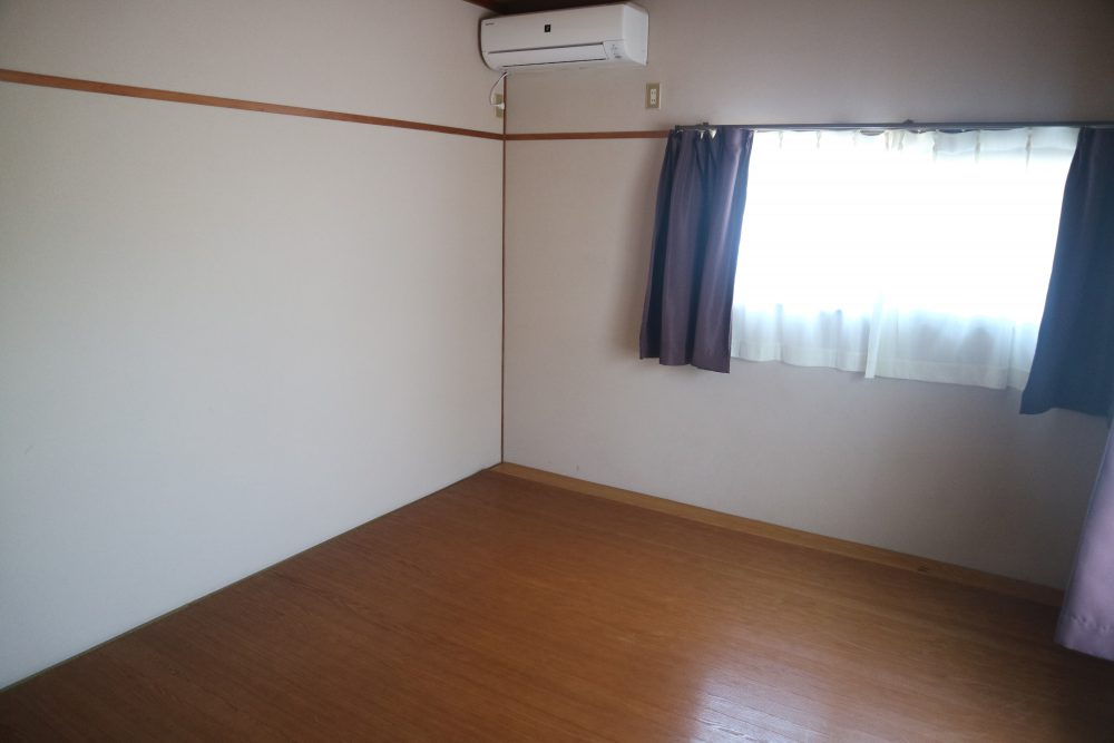 2階洋室エアコンありです。