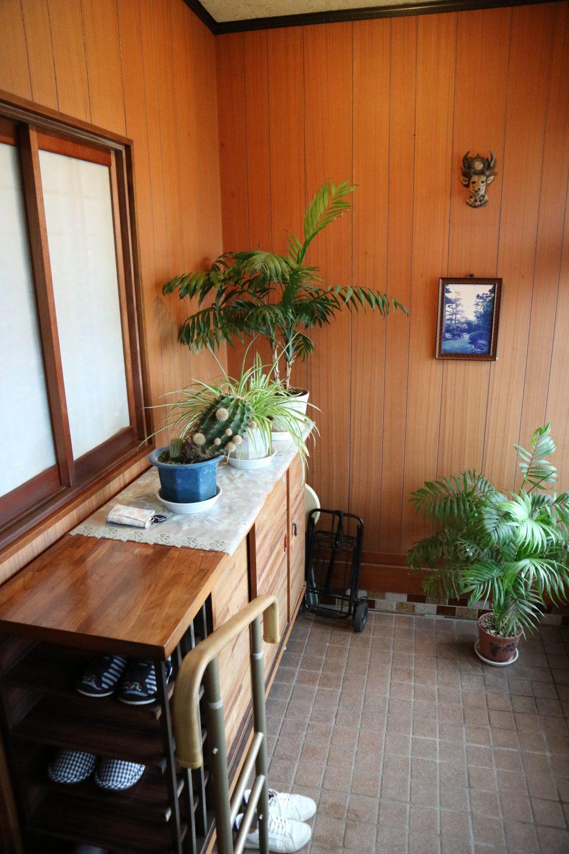 玄関と和室をつなぐ小窓で、家族の会話も増えます!