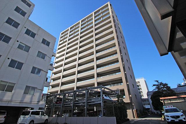 福山駅より徒歩約7分の、アクセス良好な立地です。