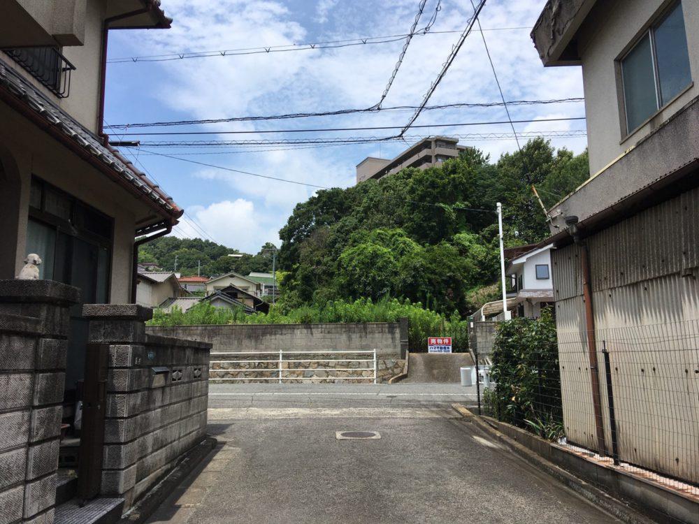 JR福山駅より車で徒歩約3分とアクセス良好♪