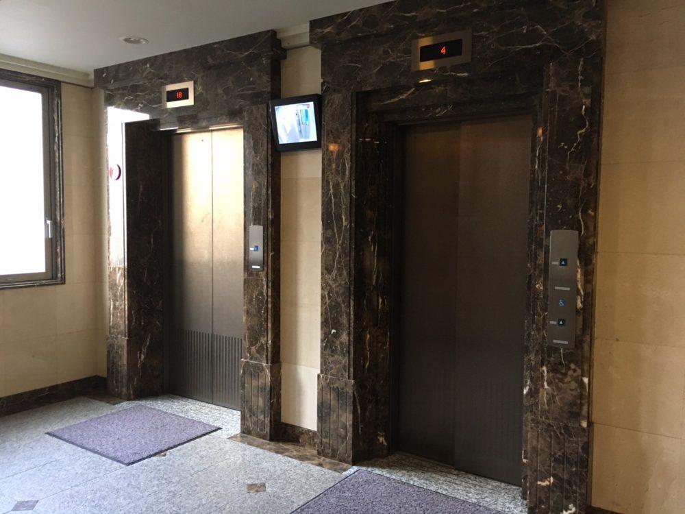 エレベーターは2機